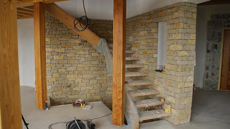Mur en pierre decorative intrieure mur de fausse brique for Fausse brique decorative